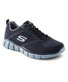 a54218a963a504 Skechers Chaussures de sport larges pour hommes, True Balance ...