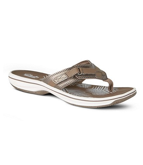 f892daa0eeb1ee Clarks Women s Breeze Sea Thong Sandals