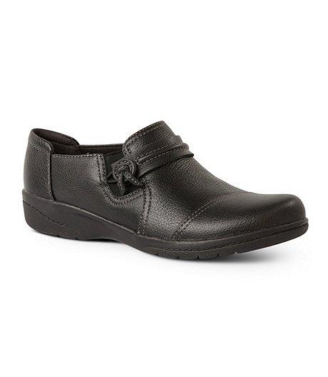 b9a279487e6 Clarks Women s Cheyn Madi Slip-On Shoes