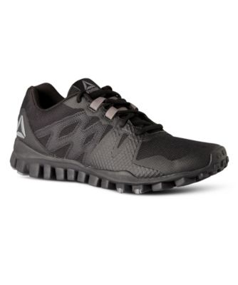 the latest 056d9 ea3f7 Men s Realflex Train 5.0 Sneakers