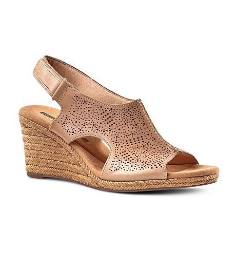 3d89da51ca8 Clarks Women s Lafley Rosen Wedge Leather Sandals