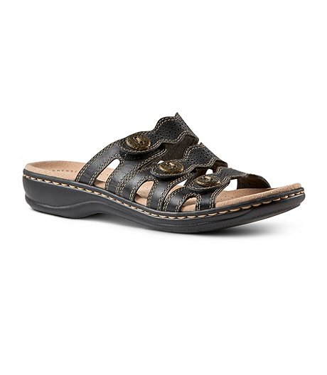 347ede190 Clarks Women s Leisa Grace 3 Strap Slide Sandals