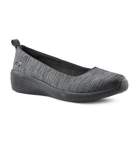 32a219fa28 Skechers Women's Arya Soft Wedge Skimmer Shoes