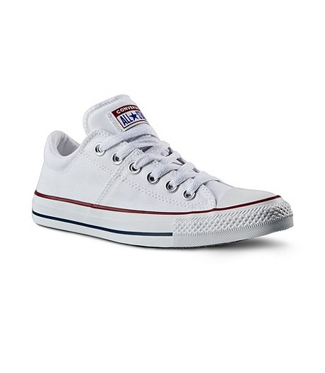 3b55141cdb00 Converse Women s Chuck Taylor All Star Madison Low Top