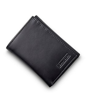 Dakota Men's Trifold Wallet With ID Window